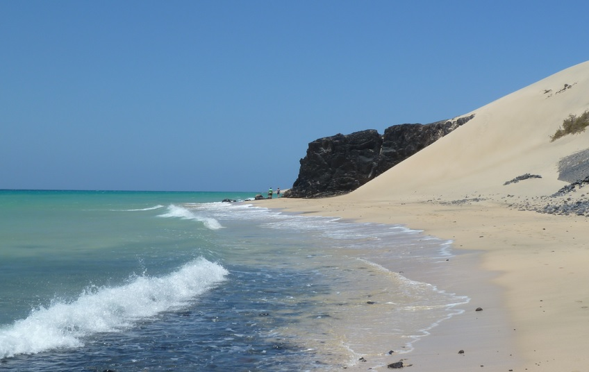 Holidays in Fuerteventura are a thing these days, and beaches like this are a big reason why!